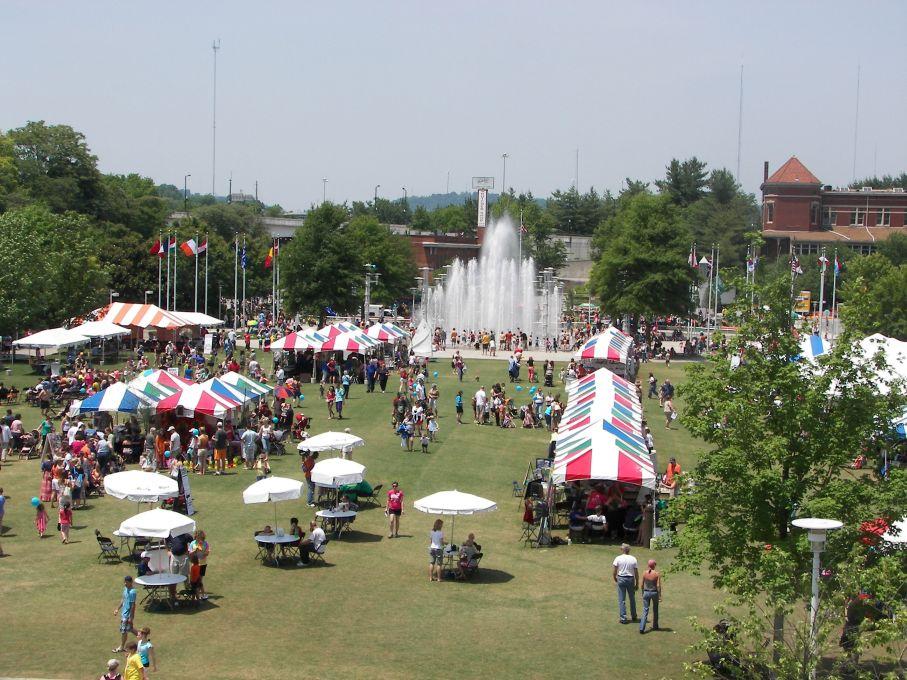 Worlds-Fair-Park-2[1]